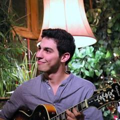 Yur Yesli Guitarist in London
