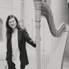 Fontane Liang Harpist in the UK