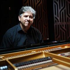 Stephen Guy Daltry Pianist in the UK