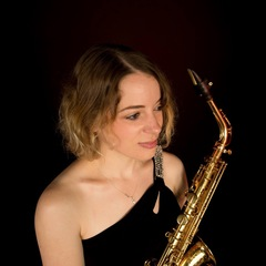 Ffion Dafis Saxophone Player in Cardiff