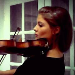 Jennifer Statham Violinist in Bristol