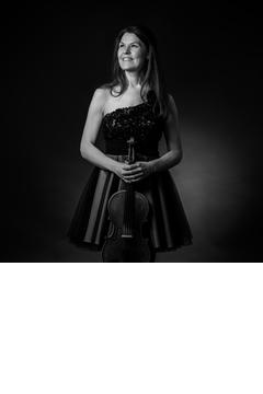 Mirka Hoppari Viola Player in Coventry