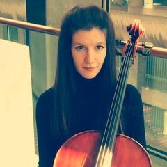 Dayana Harizanova Cellist in London
