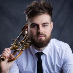 Kit Dellow-Jones Pianist in Lincoln