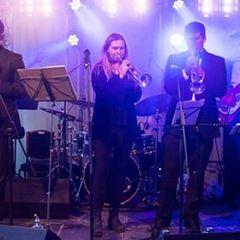 Delorean Swing Function Band in Bristol