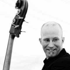 Jonny Gee Double Bass Player in London