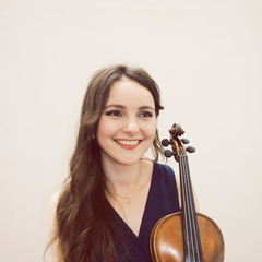 Elizaveta  Saul Violinist in Manchester