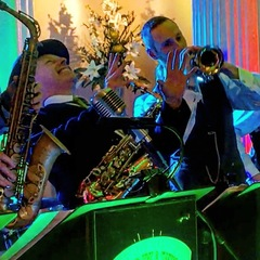 Kal's kats Swing Band in Manchester