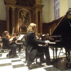 Daniel Roberts Pianist in the UK
