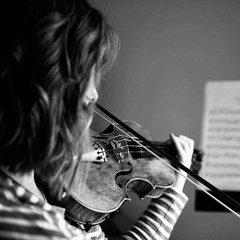 Lauren Hamilton Violinist in Edinburgh