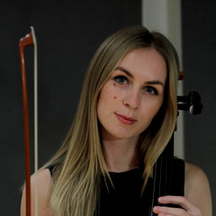 Paulina Mikołajczyk Cellist in London