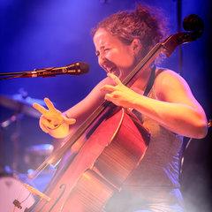 Bonnie Schwarz Cellist in Leeds