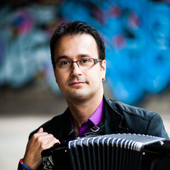 Zivorad Nikolic Accordionist in London