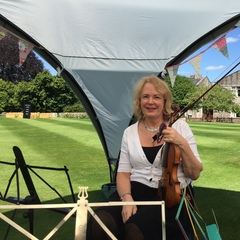 Gillian Tolliday Violinist in Southampton