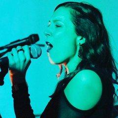 Ria Cheri Singer in Manchester