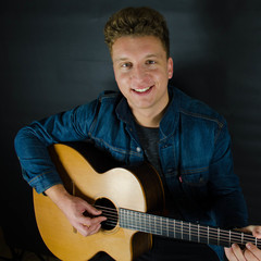 Tom Ryder Guitarist in London