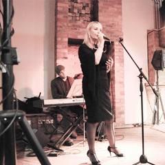 Sue Barron Singer in Liverpool