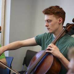 Jacob Garside Cellist in the UK
