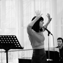 Melody Bu Singer in the UK