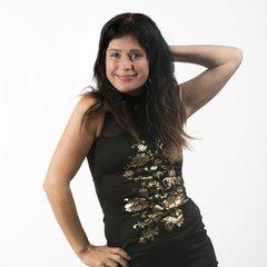Sara Strati DJ in the UK