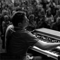Tom Stirling Keyboard Player in Edinburgh
