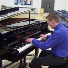 Jonathan Polson Pianist in Cardiff