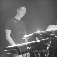 Deror Margalith Keyboard Player in London