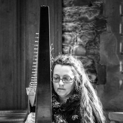 Adele Coles Harpist in Cambridge