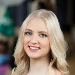 Lauren Coulter Soprano Singer in Liverpool