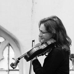 Sarah Tym Violinist in York
