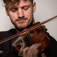 Christopher Heron Violinist in the UK