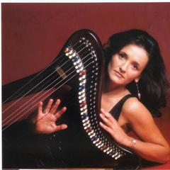 Gina Mackey Harpist in London