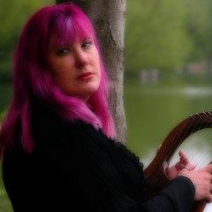 Autumn Dawn Leader Singer in Nottingham