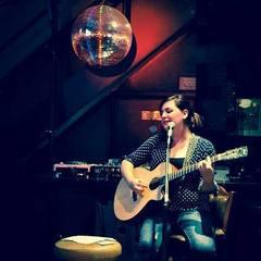 Liz Arcane Singer in London