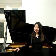 Wong Meiyi Melanie Pianist in Bristol