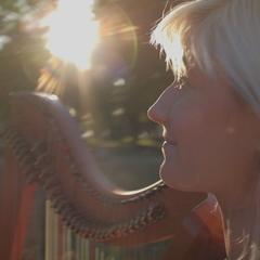 Fraya Thomsen Harpist in the UK