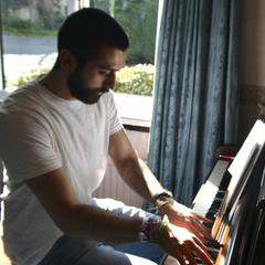 Aaron Moorehouse Pianist in Leeds