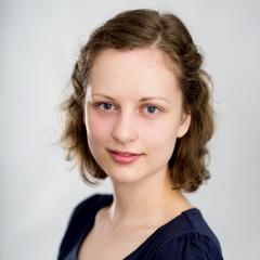Ella Bellsz Accordionist in London