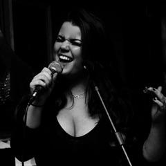 Imogen Storey Singer in Manchester