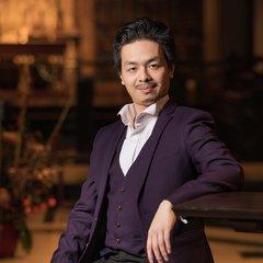 Michael Lam Singer in the UK