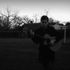 Lee Bouzida Singer in the UK