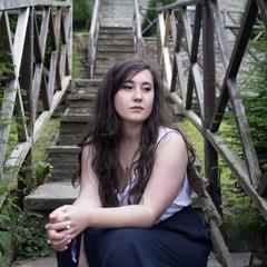 Meg Wassell Singer in the UK