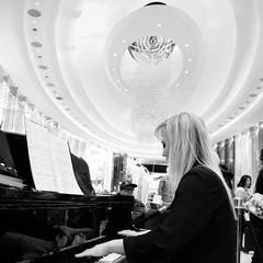 Nicole Reynolds Pianist Pianist in the UK
