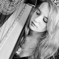 Imogen Lees Harpist in the UK