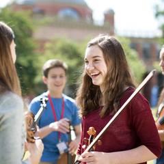 Tess Jackson Violinist in Cambridge