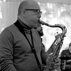 Steve Elliott Saxophone Player in London