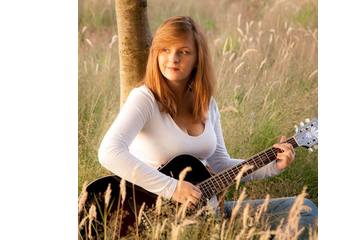 Jodie Rose Singer in Derby