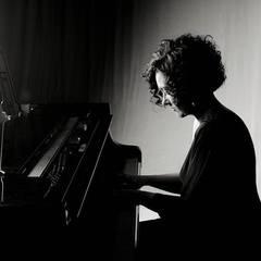 Nicole Panizza Pianist in Lincoln