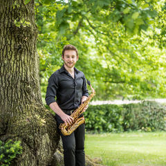 Laurence Astill Saxophone Player in London