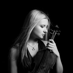 Margarita Garmutė Violinist in Manchester